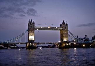 London 2006