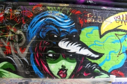 Street Art Melbourne Australia August 2012-152