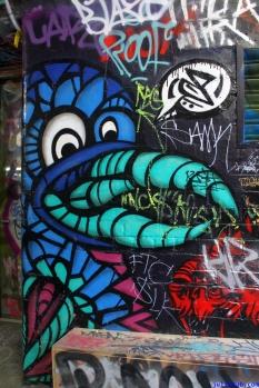 Street Art Melbourne Australia August 2012-154