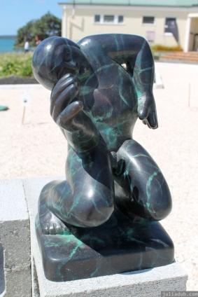 NZ Sculpture OnShore Nov 2012 (21) 'Jazz Man', Llew Summers