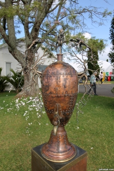 nz-sculpture-onshore-2016-071-campbell-maud-trophy