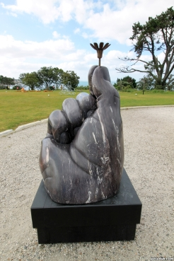 nz-sculpture-onshore-2016-6